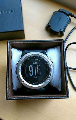 Garmin fenix 3 GPS-Multisport Uhr mit HF-Messung am Handgelenk - fast neu