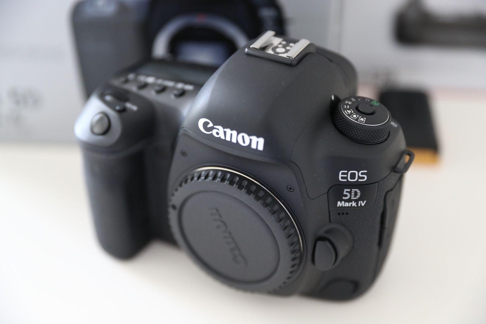 Canon EOS 5D Mark IV 30.4MP Digitalkamera mit Batteriegriff BG-E20