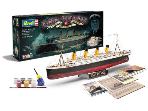 Revell Modellbausatz Schiff 1:400 - Geschenkset