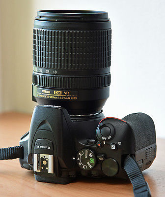 Nikon D D5500 24.2MP Digitalkamera - Schwarz (Kit mit VR 18-140mm Objektiv)