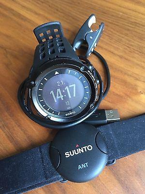 Suunto Ambit Black HR - GPS Uhr + Brustgurt für die Herzfrequenz