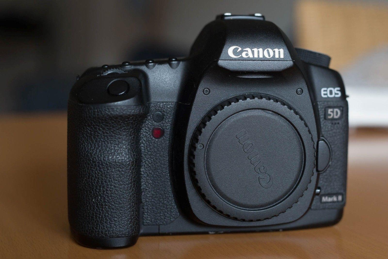 Canon EOS 5D Mark II 21.1 MP SLR-Digitalkamera - Schwarz (Nur Gehäuse)