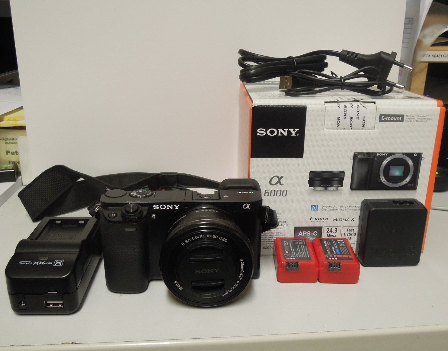 Sony Alpha ILCE-6000L 24.3 MP SLR-Digitalkamera - Schwarz (Kit m/ E PZ...