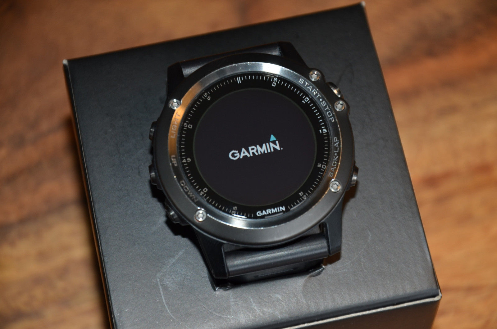 Garmin Fenix 3 Sapphire Saphir Edition schwarz in OVP GPS Sportuhr