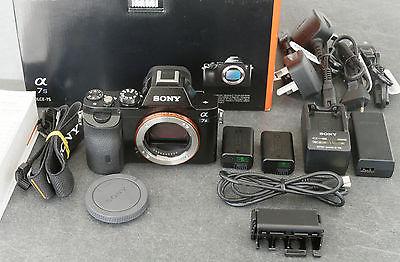 Sony A7S ILCE-7S E-Mount-Kamera mit Vollformat-Sensor <1200 Auslösungen TOP