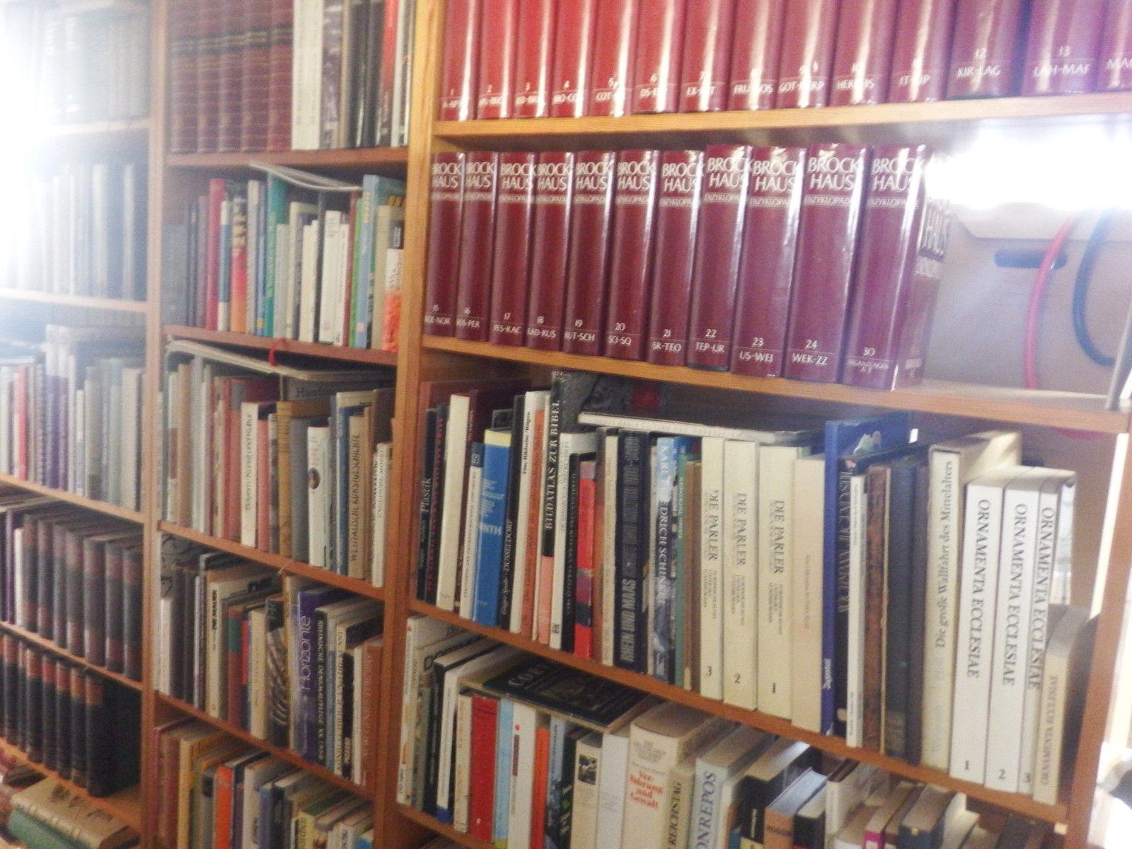 komplette Bibliothek - Büchersammlung - 100 erte von Büchern