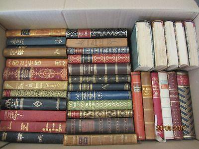 52 Bücher antiquarische Bücher mit edlem Lederbuchrücken