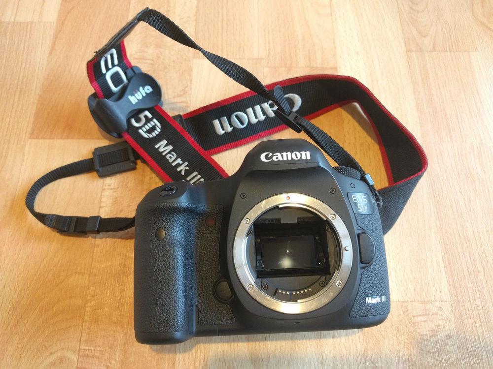 Canon EOS 5D Mark III Body (Nur Gehäuse) Full Frame // Nur 10k Auslösungen!