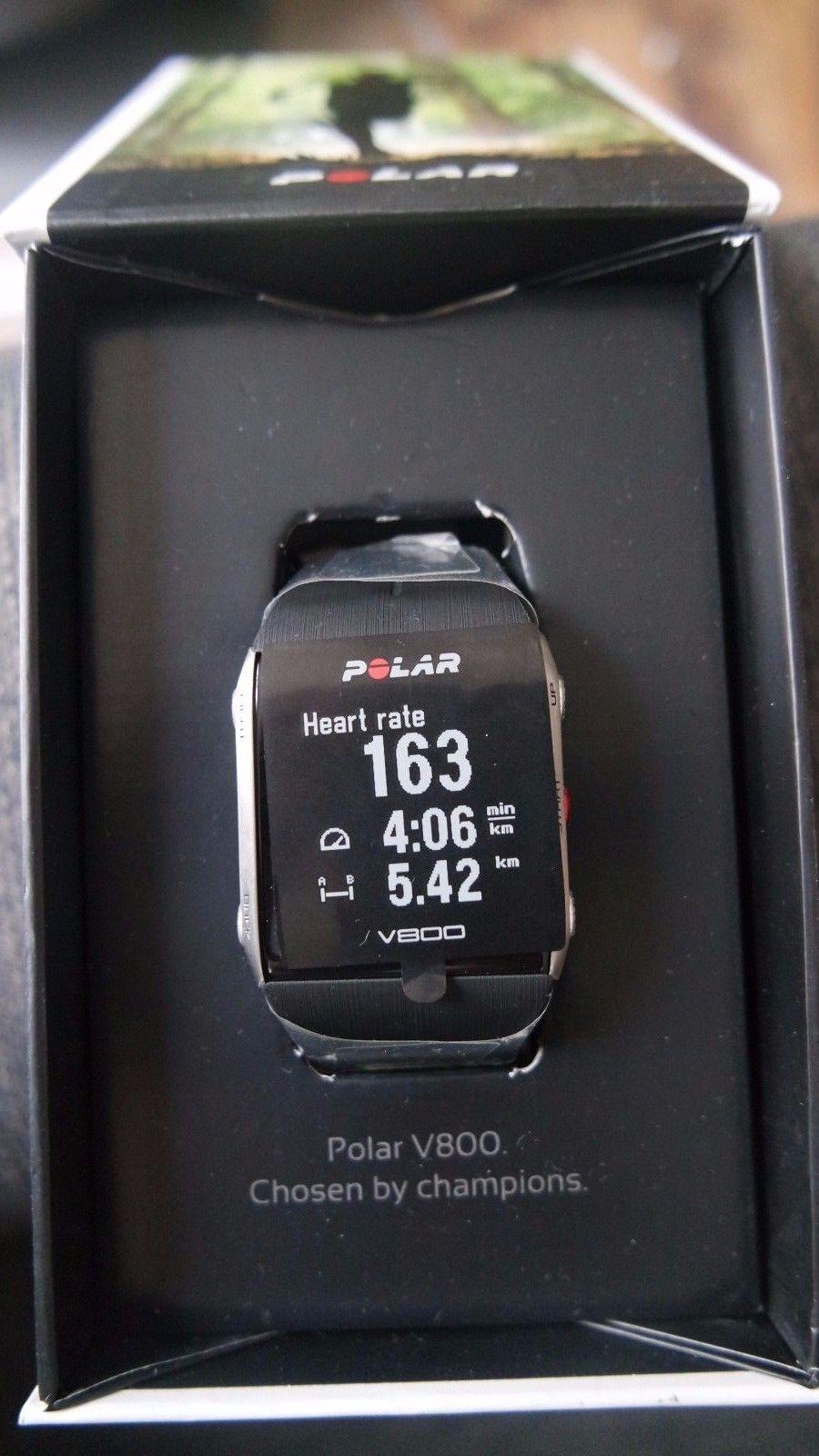 Polar V800 NEU Trainingcomputer GPS-Pulsuhr Bluetooth schwarz Aktivitätsmesser