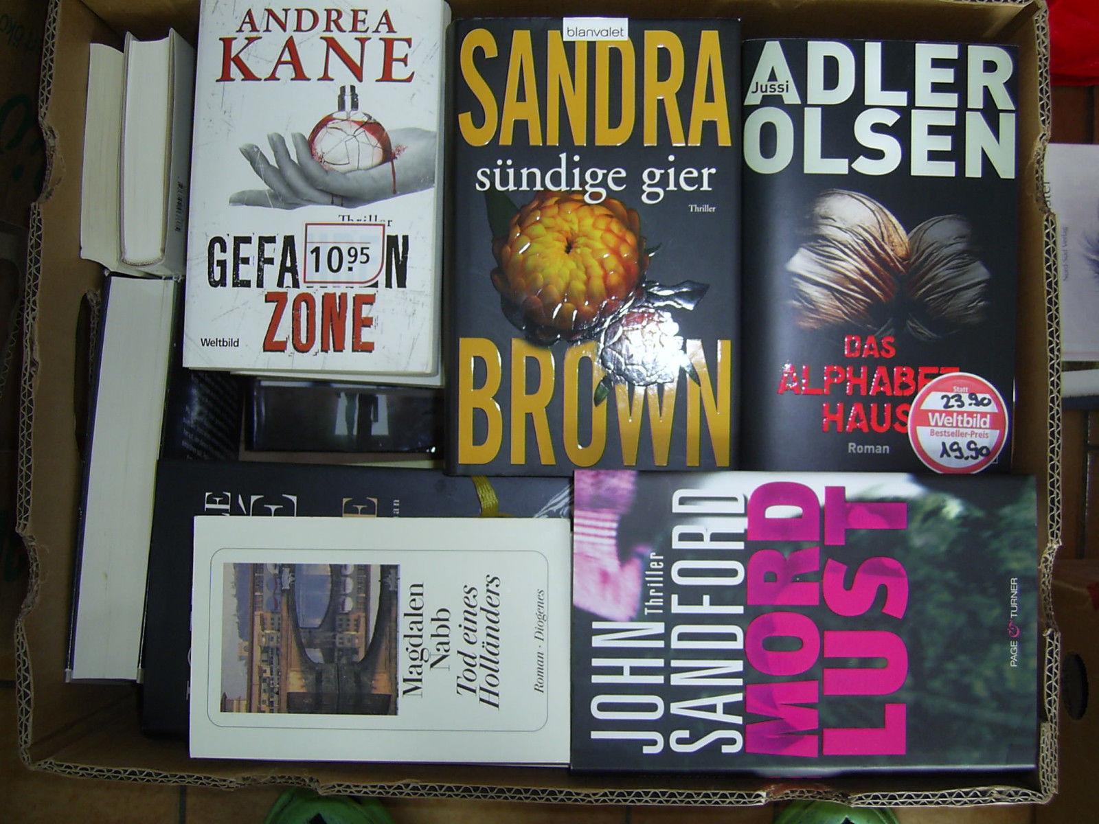 Bücherpaket mit über 40 tollen Romanen-Bestseller-Romane-Frauenromane-Thriller