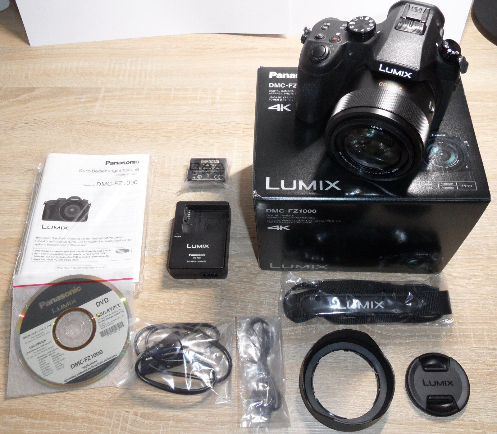 Panasonic LUMIX DMC-FZ1000 20.1 MP Digitalkamera in OVP