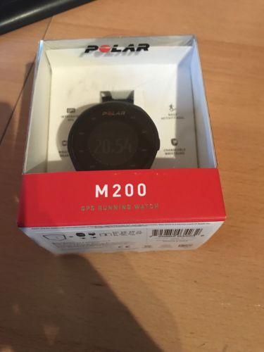 Polar M200 GPS-Laufuhr schwarz Activity-Tracker sehr guter Zustand