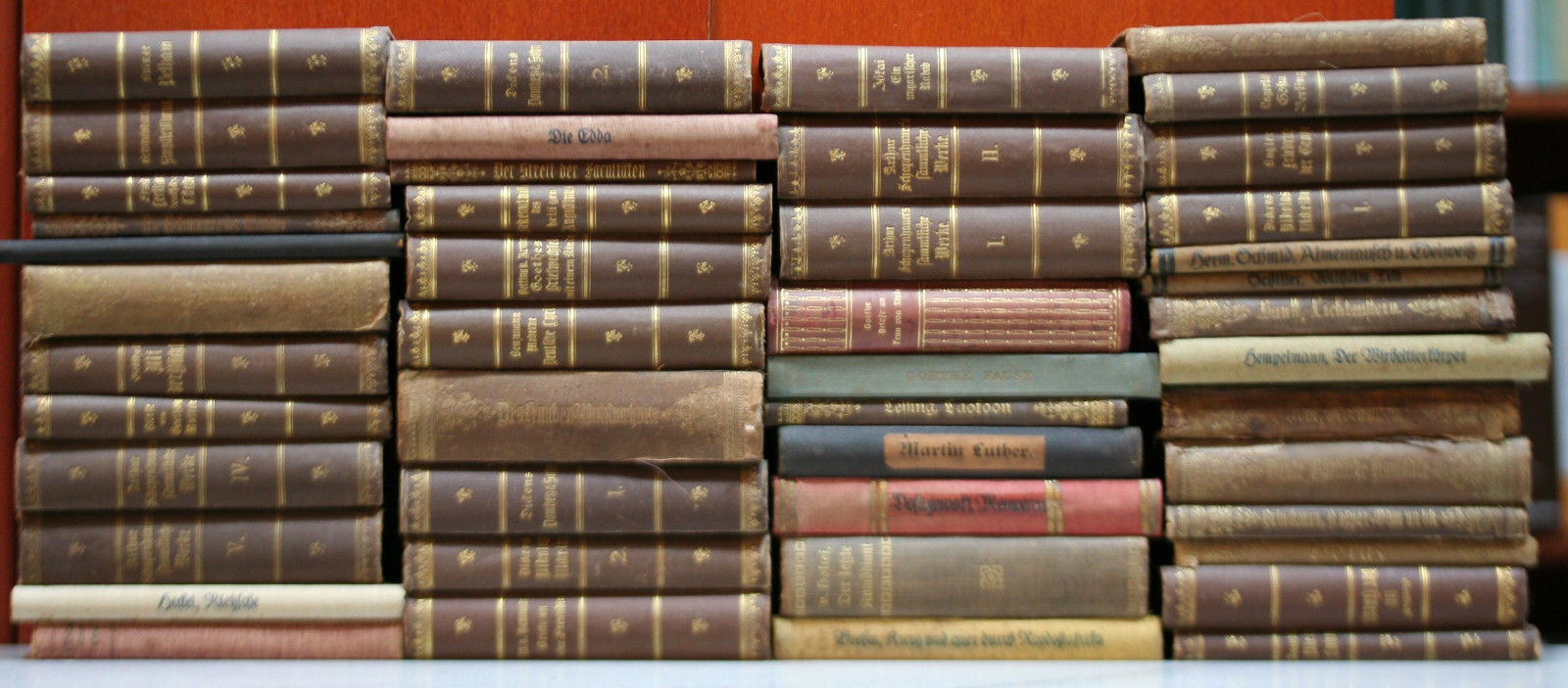 46 gebundene Ausgaben Reclam Universal-Bibliothek