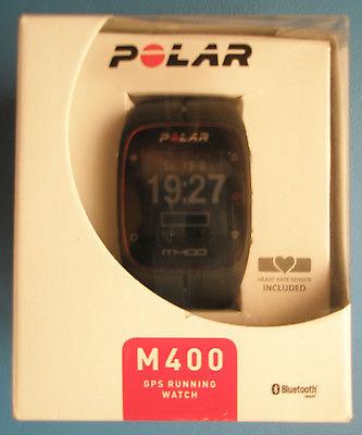 Polar M400 GPS-Laufuhr schwarz Activity-Tracker sehr guter Zustand Schutzfolie