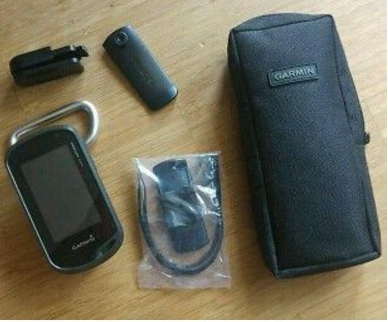 Garmin GPS Handgerät OREGON 600t inkl. Akkupack und Zubehör