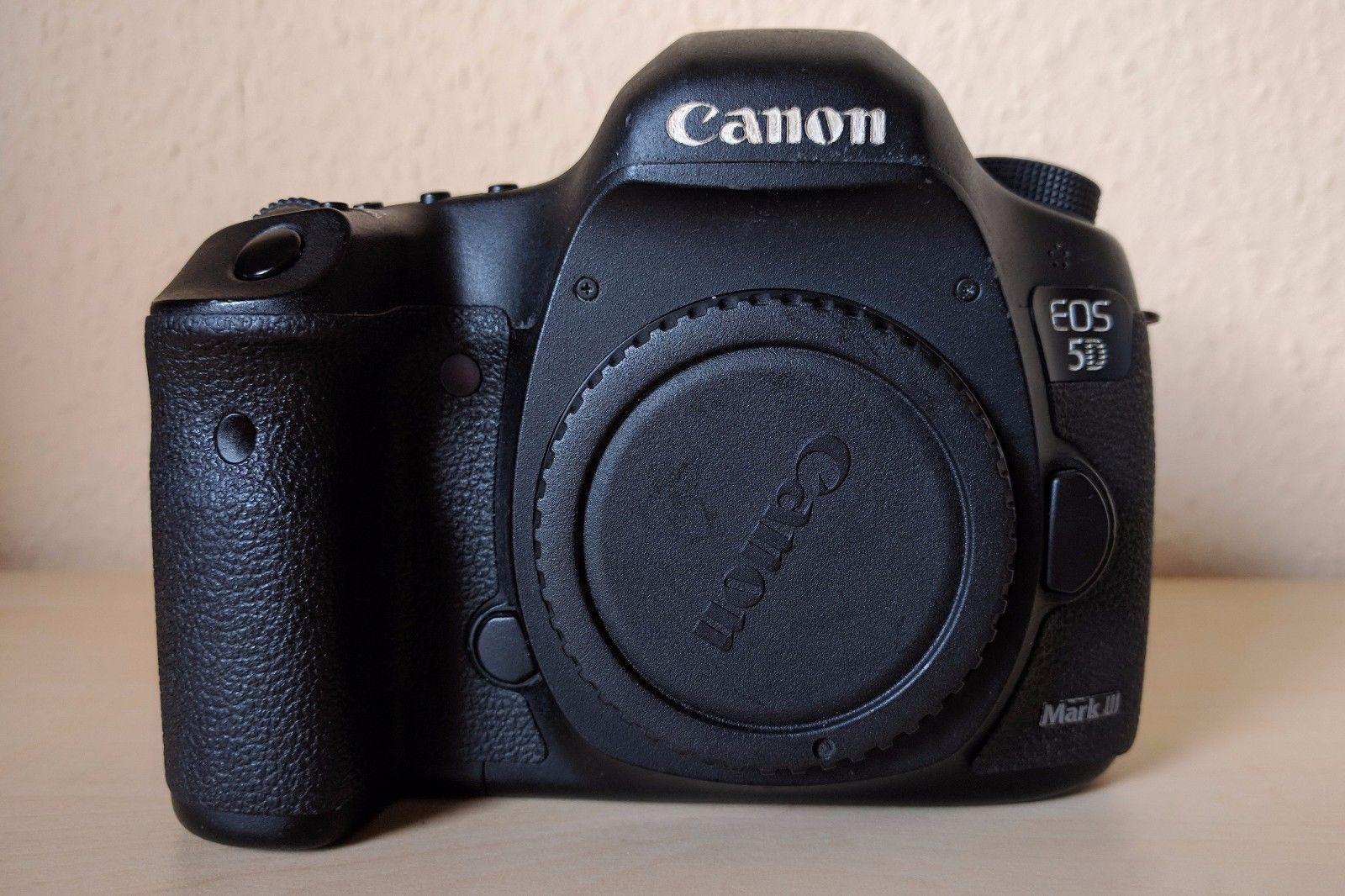 Canon EOS 5D Mark III 22.3 MP SLR-Digitalkamera - nur Gehäuse (unter 2000 Ausl.)
