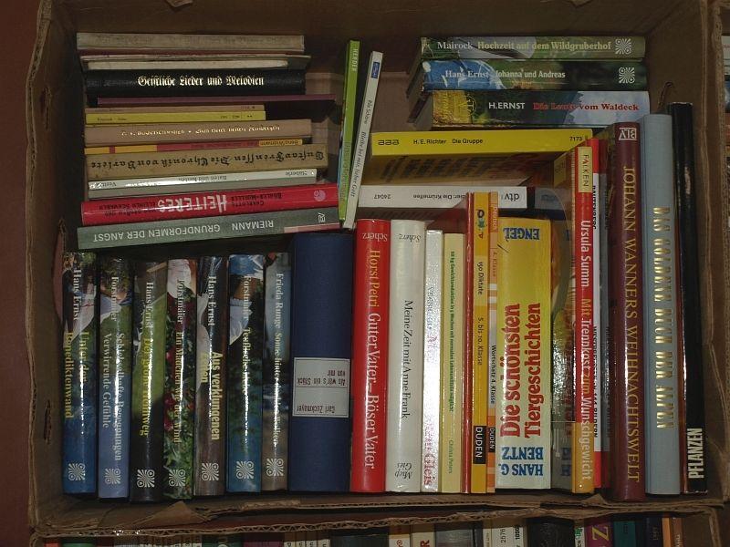 Büchersammlung - Buchpaket - 388 Bücher - Buchkonvolut - Antiquariatsauflösung