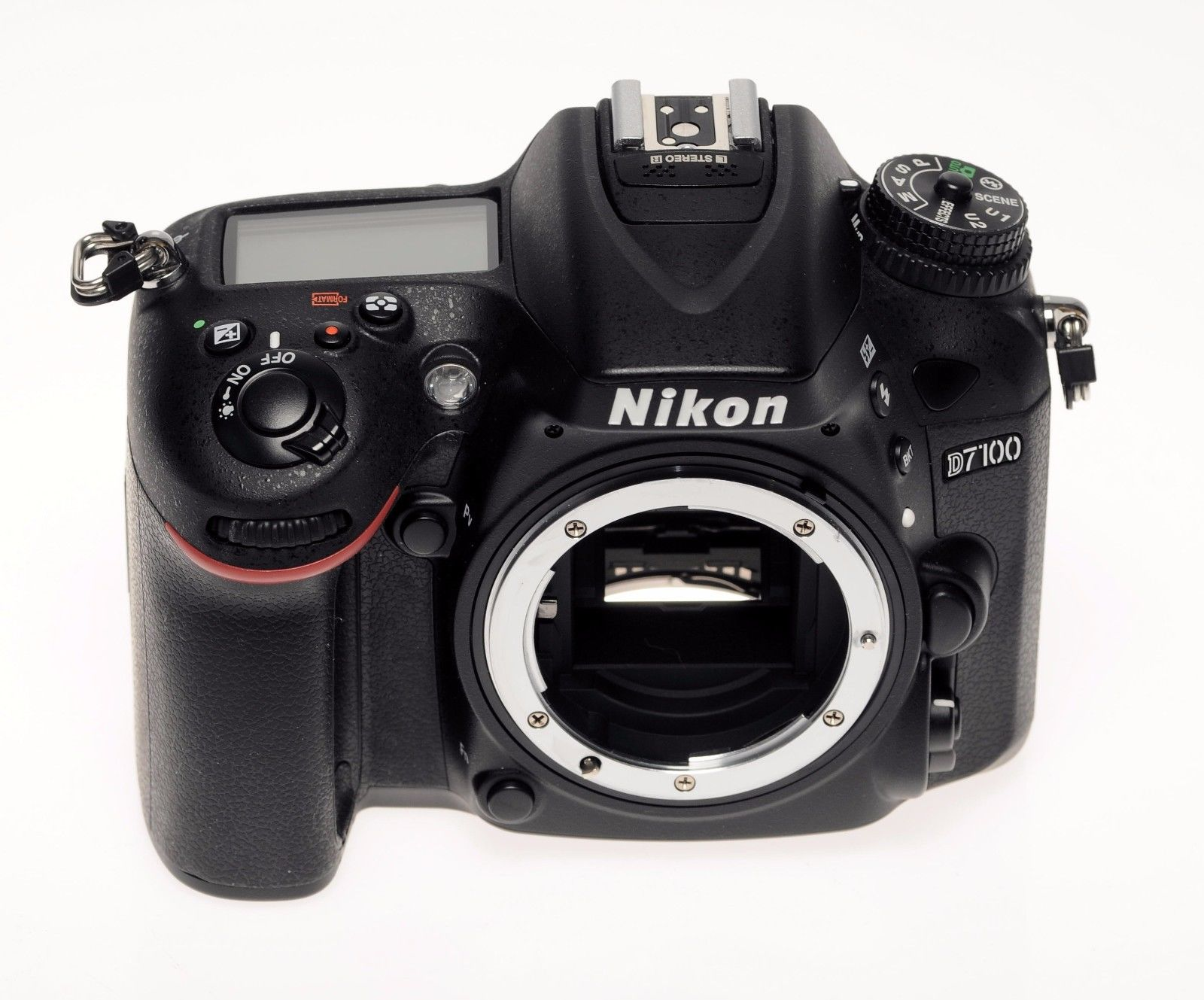 Nikon D7100 Body incl ML-L3 Fernbedienung --- WIE NEU - MINT CONDITON