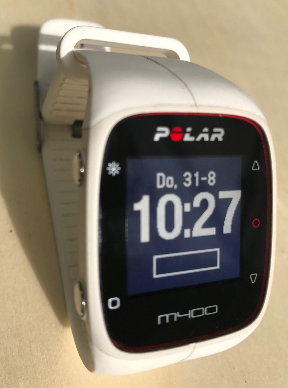 POLAR M400 - GPS Laufuhr - Trainingscomputer - Weiß - mit Brustgurt