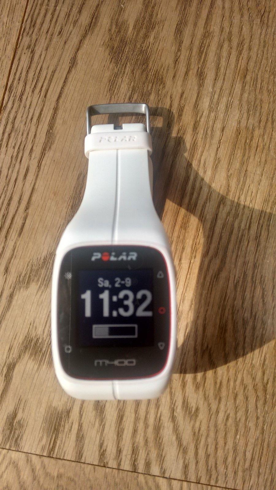 Polar M400 Sportuhr weiß mit GPS Herzfrequenzmesser, Brustgurt und Sender