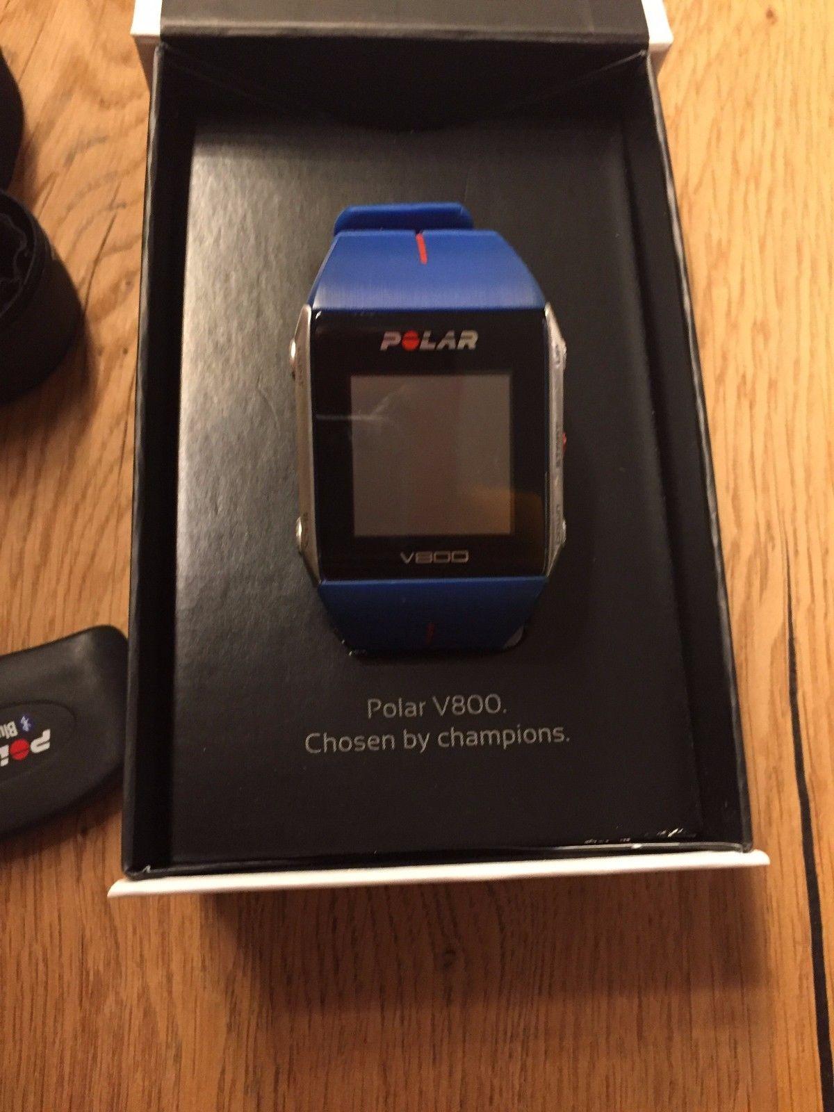 Polar V800 GPS Sportuhr Blau HR, inkl. Pulsgurten XS-S und M-XXL