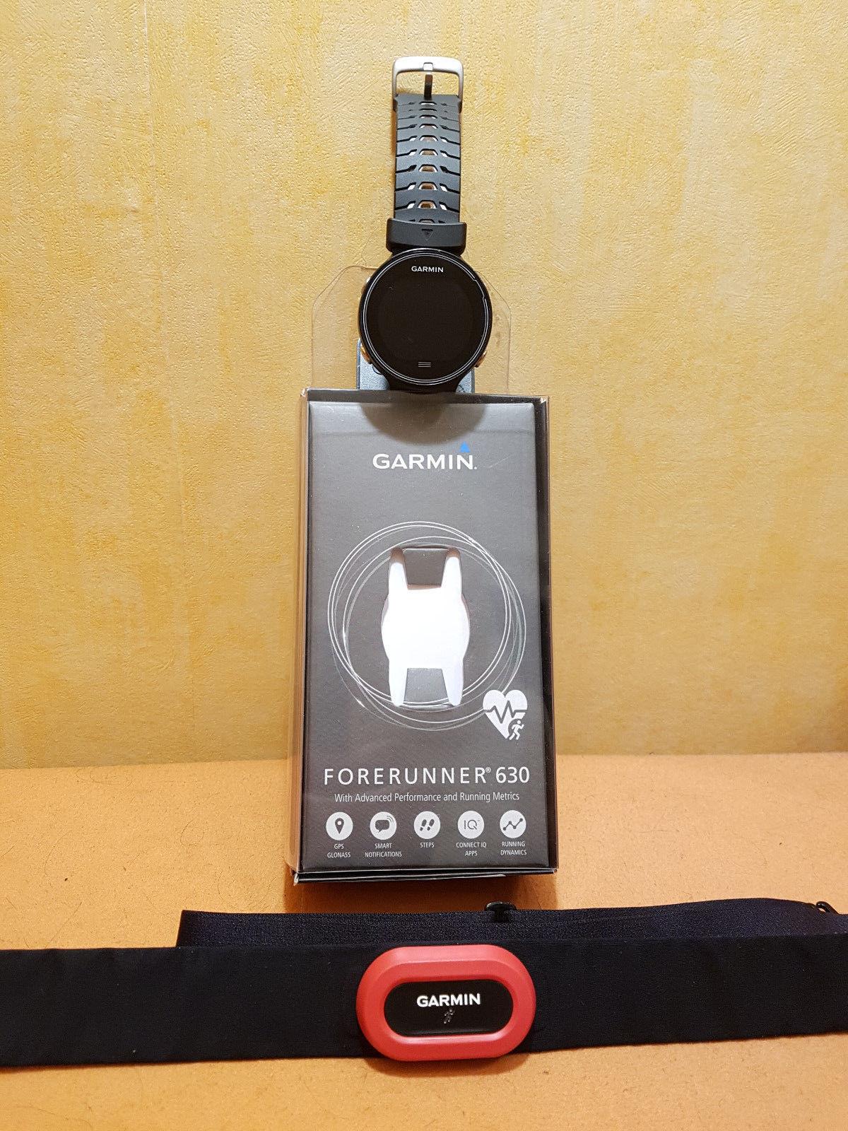 Garmin Forerunner 630 GPS-Laufuhr schwarz/weiß inkl. Brustgurt RUN