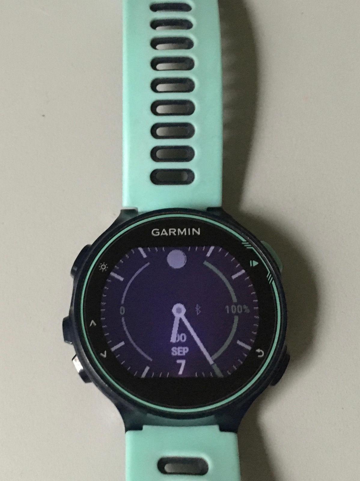 Garmin FR 735 XT Bundle - GPS Triathlonsportuhr mit HF-Messung am Handgelenk