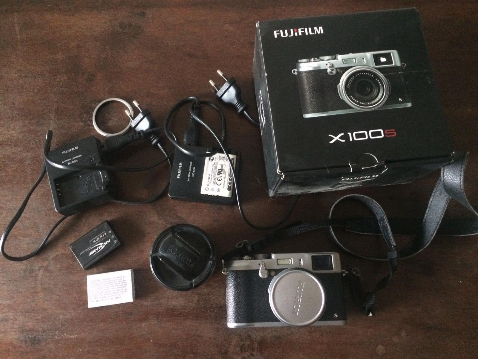 Fuji X100S Digitalkamera mit Zubehörpaket