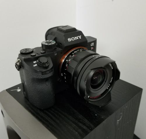 Sony Alpha a7R II 42.4MP Digital Camera - Black ( Voitlander super wide-heliar )