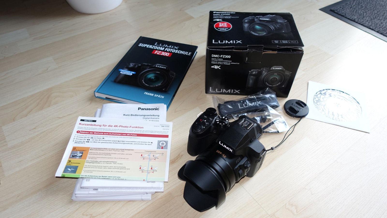 Panasonic LUMIX DMC-FZ300 12.1 MP Digitalkamera - Schwarz