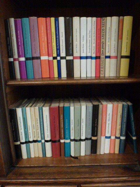 ca. 40 Bde  Bibliothek Suhrkamp