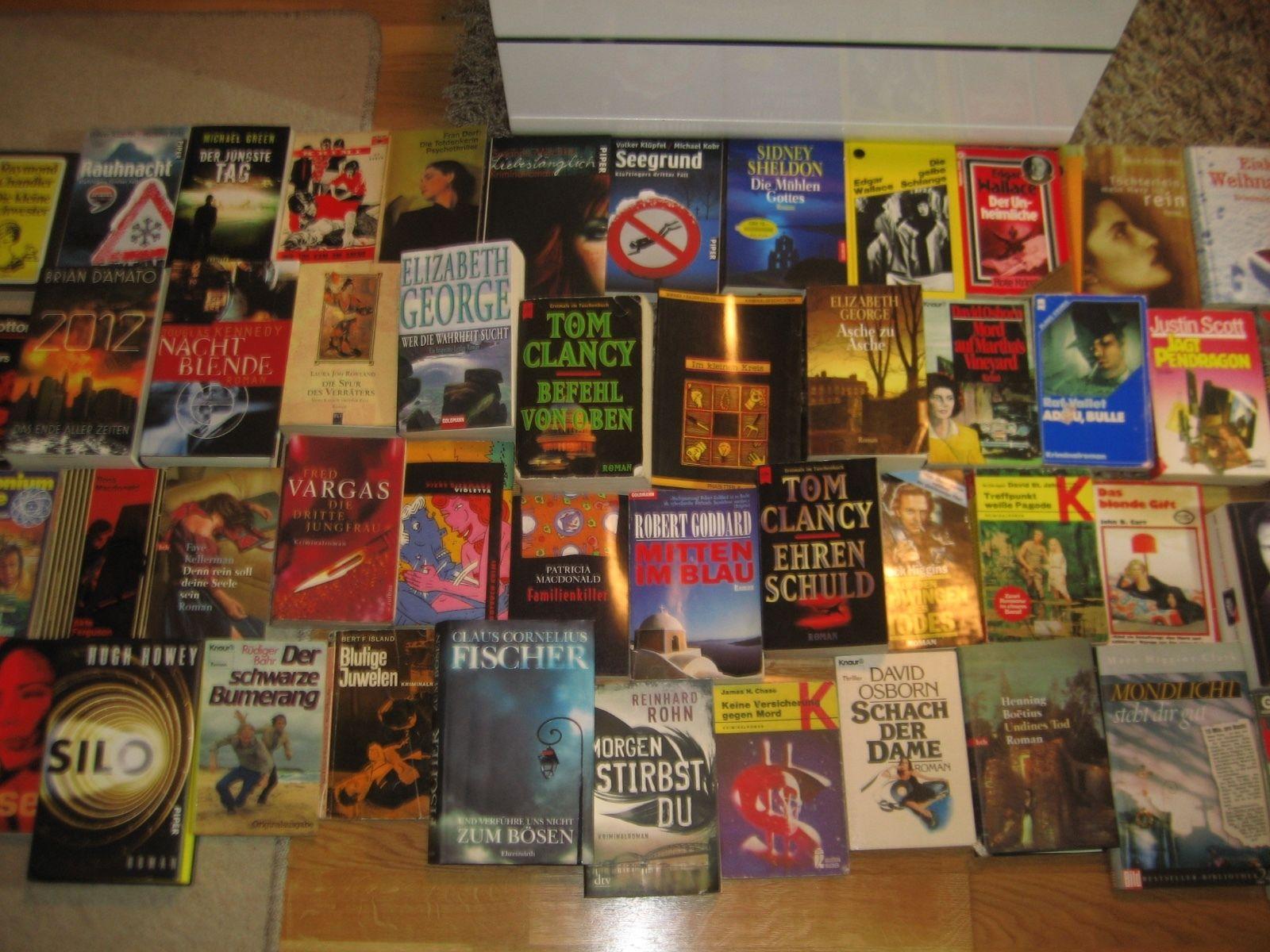 Büchersammlung 51 Stk. Romane Buchpaket Spannung nur Thriller Krimi Konvolut
