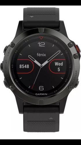 Garmin Fenix 5 Sportuhr- schwarz Neu & OVP