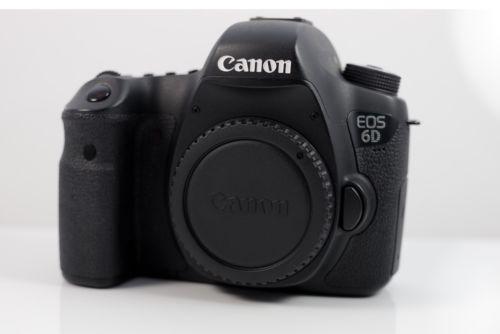 Canon EOS 6D 2.,2 MP SLR-Digitalkamera - Schwarz (Nur Gehäuse)