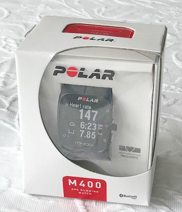 Polar M400 GPS-Laufuhr schwarz mit Brustgurt