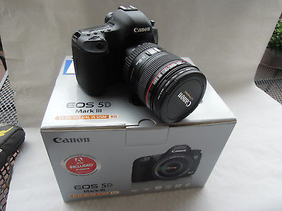 Canon EOS 5D Mark III 22.3 MP SLR-Digitalkamera - Schwarz (Kit m/ EF 24-105mm...