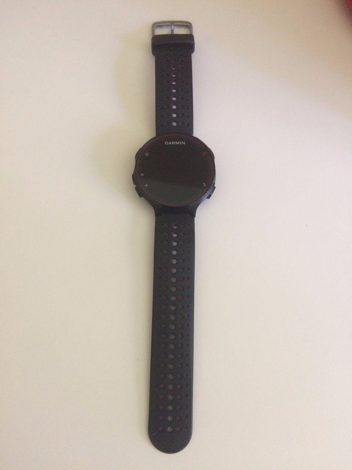 Garmin Forerunner 235 WHR GPS-Laufuhr schwarz/rot Top Zustand (Jun 2017 gekauft)
