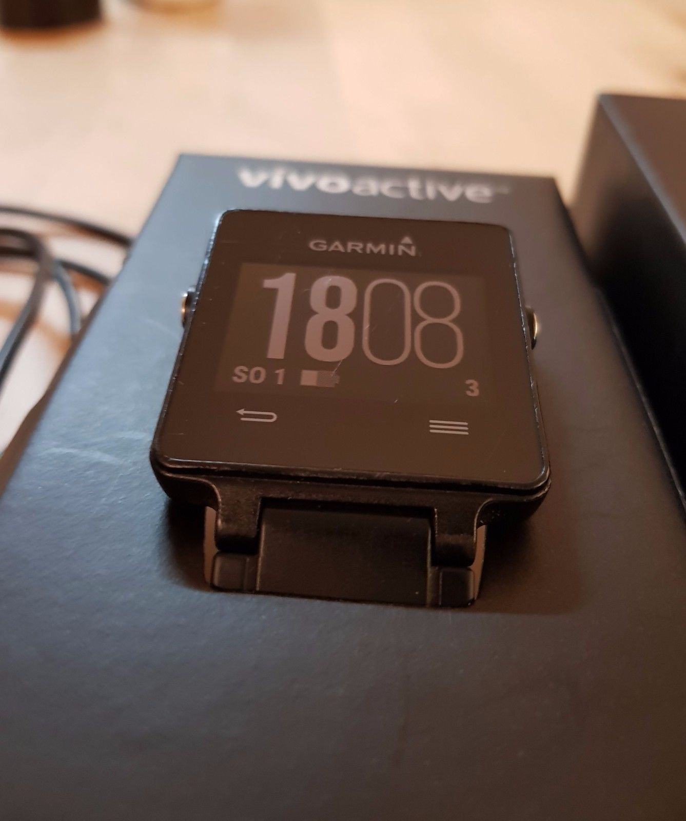 Garmin vivoactive GPS Smartwatch Uhr Sportuhr Aktivitätstracker