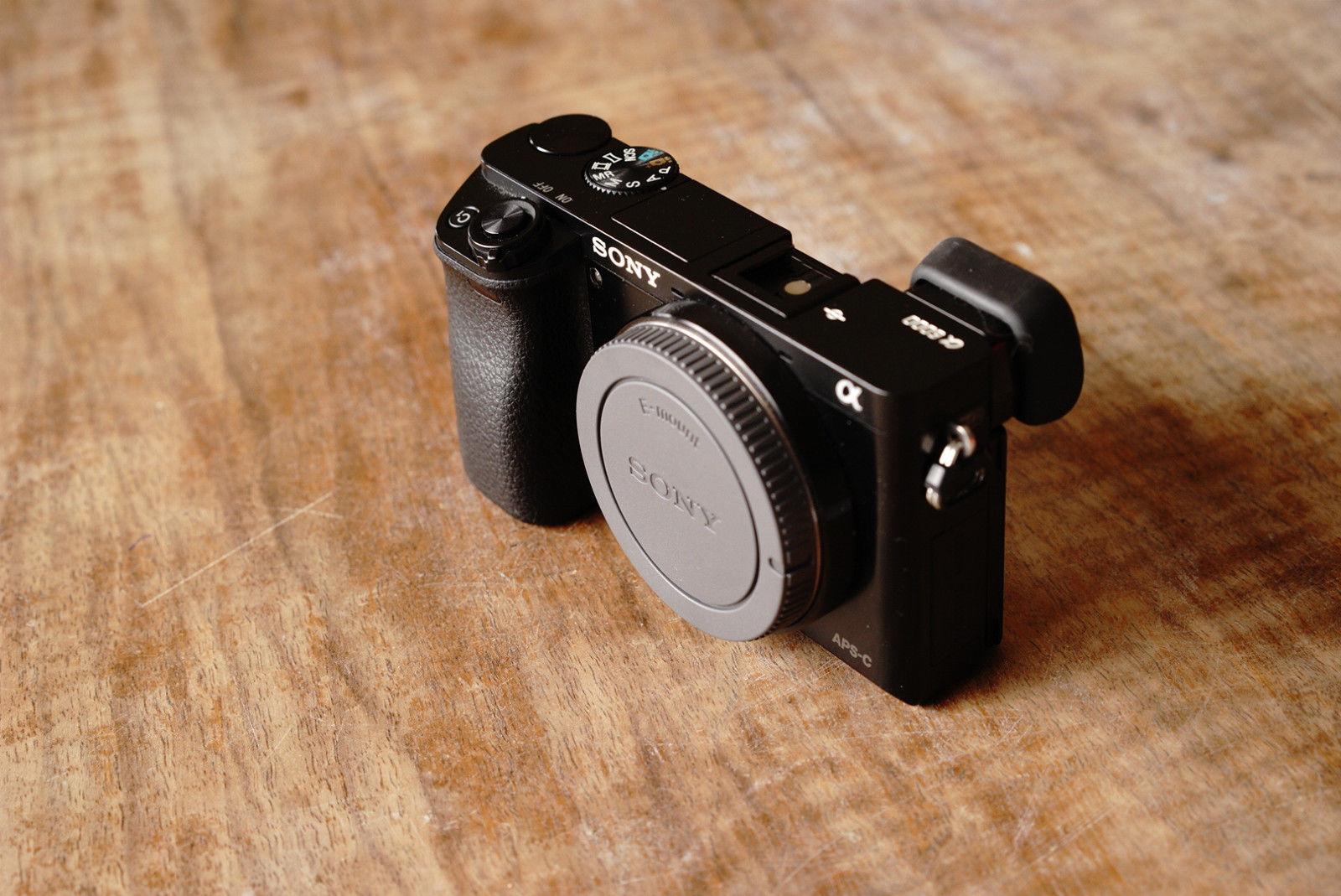 Sony Alpha ILCE-6000 24.3 MP  - Schwarz (Nur Gehäuse)- Sehr guter Zustand