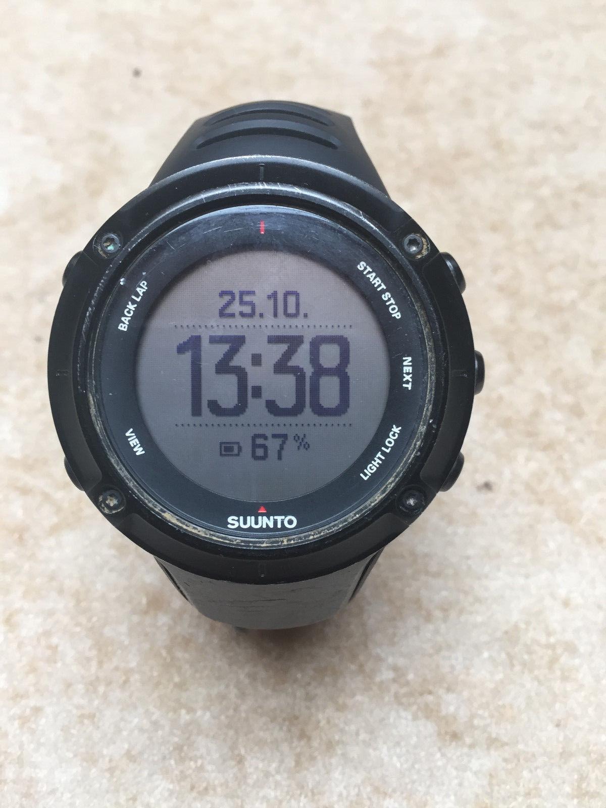 Suunto Ambit 3 Peak Black - Sportuhr GPS-Watch + Ladekabel