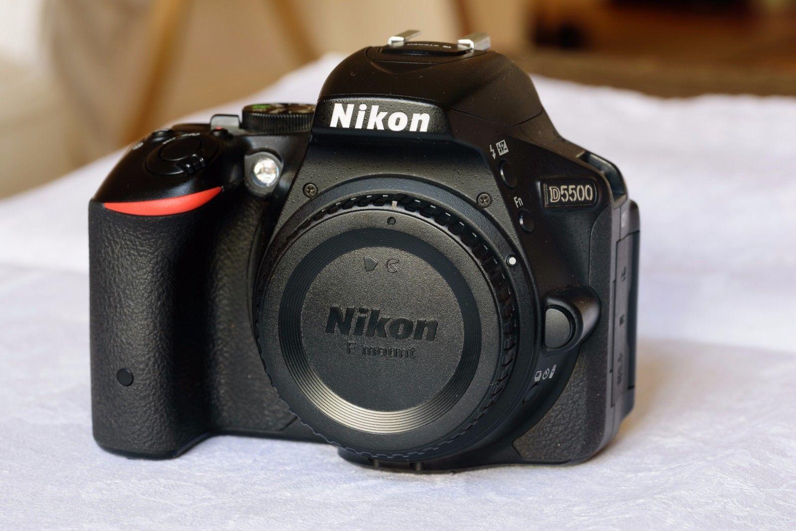 Nikon D5500 DSLR (24,2MP), OVP, neuwertig, 2915 Auslösungen, Restgewährleistung