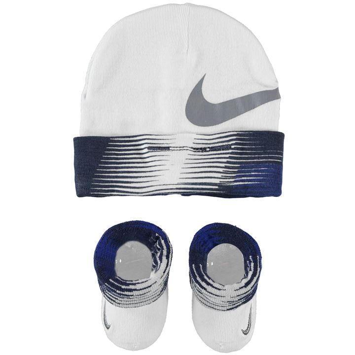 Nike Baby 2er Set Geschenk Schuhe Socken Mütze neugeborene Newborn 0-6 Monate