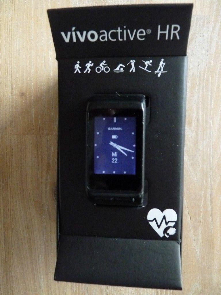 Garmin Vivoactive HR ? Sport GPS Smartwatch ? mit Rechnung und Garantie Top