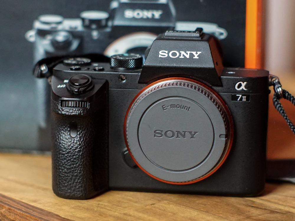 Sony Alpha 7 II - ILCE-7M2 24.3 MP Digitalkamera - Schwarz (Nur Gehäuse)