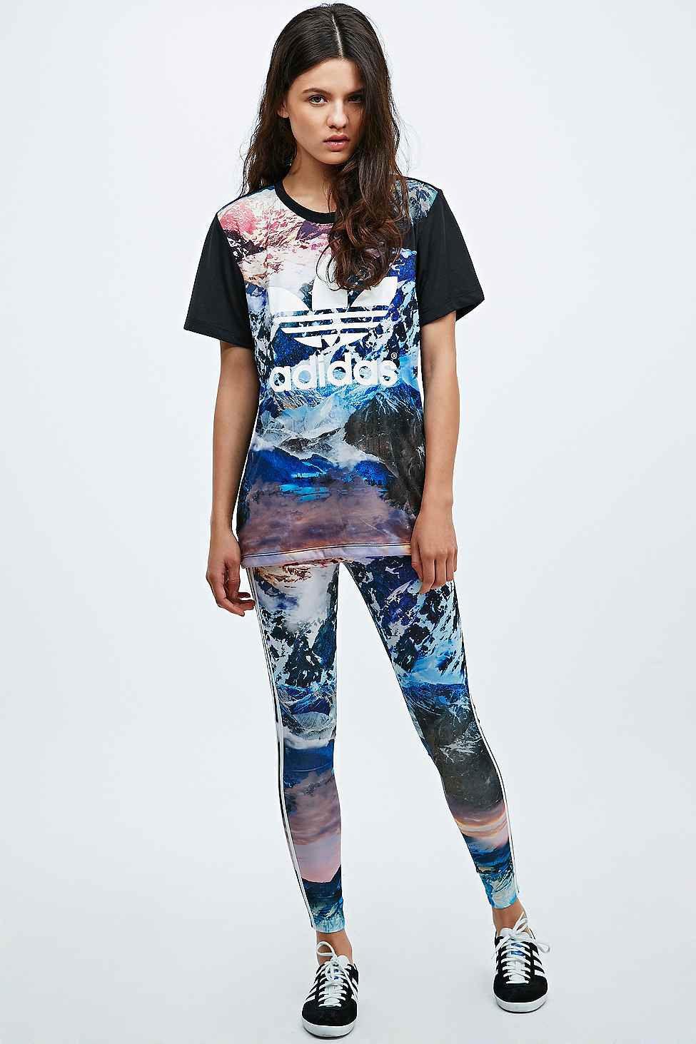 adidas Originals Women's Mountain Clash T Shirt & Leggings Yoga Set (B Grade)