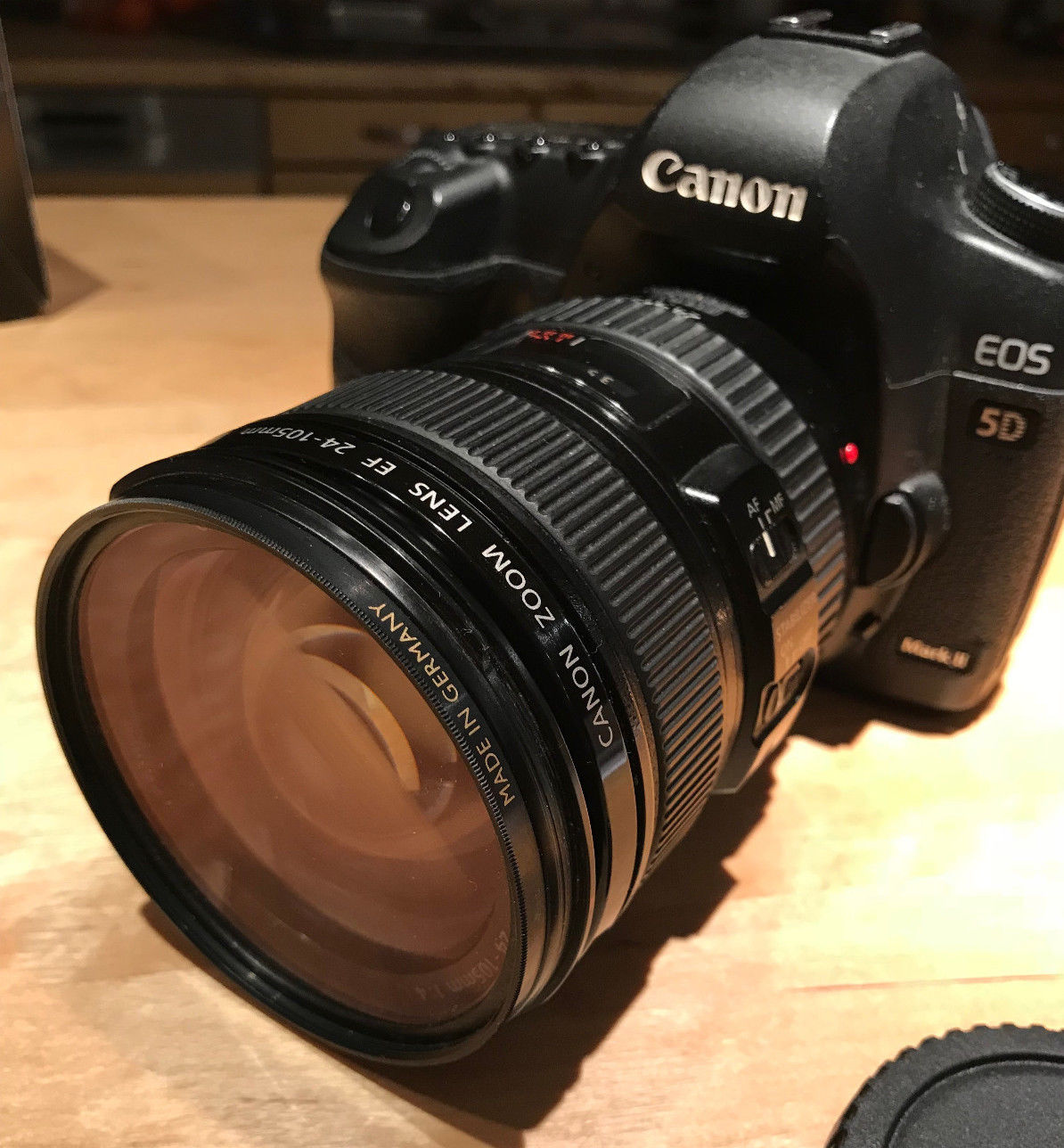 Canon EOS 6D 20.2 MP SLR-Digitalkamera - Schwarz (Kit m/ EF 24-105mm f/4.0L...