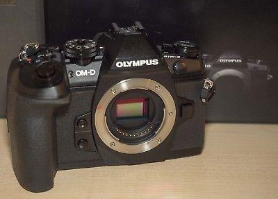 Olympus OM-D E-M1 Mark II  MFT DSLM  Restgarantie (nur Gehäuse) 1