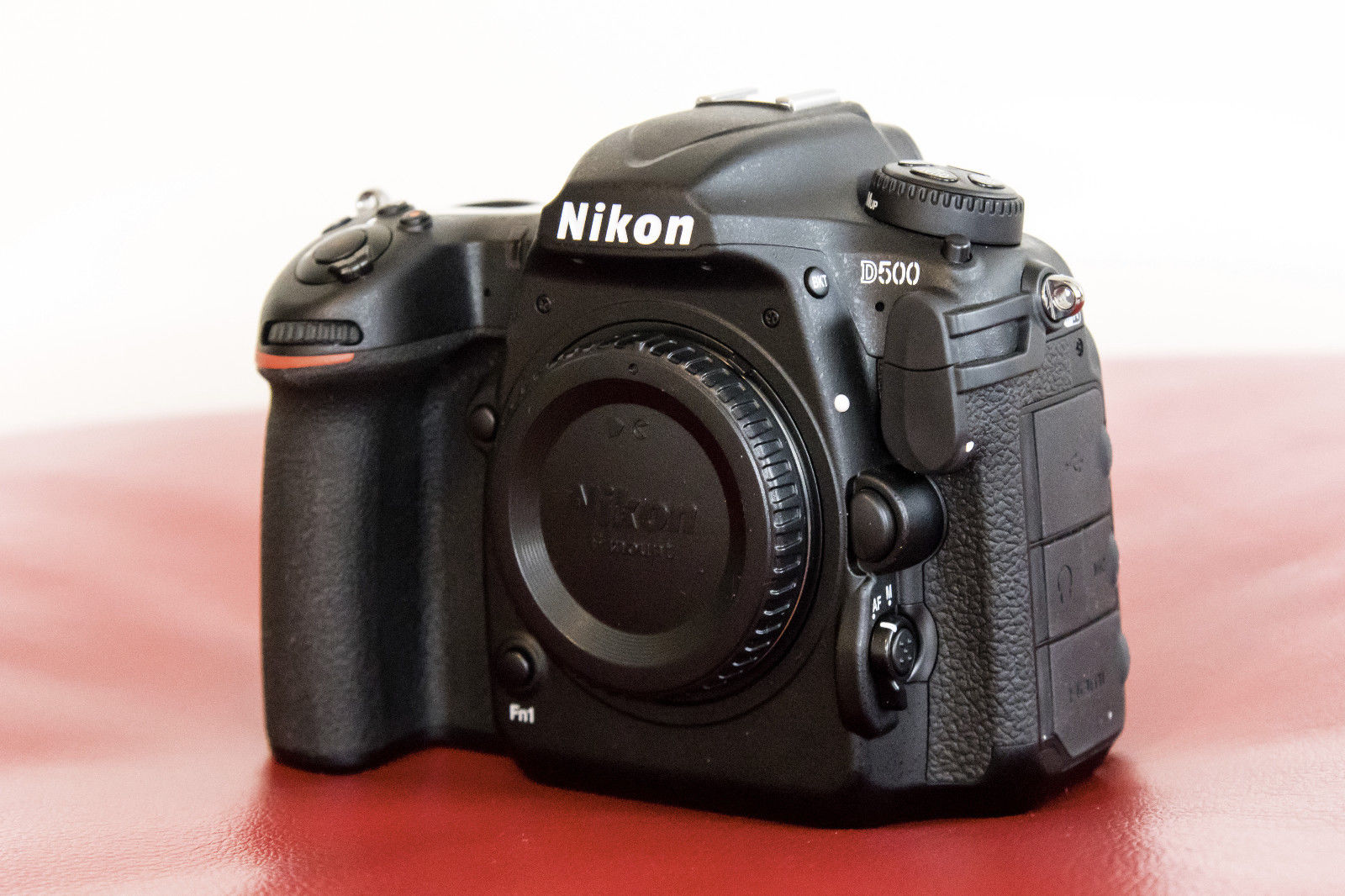 Body Nikon DSLR D500, 20.9MP (nur Gehäuse), incl. Amazon-Rechnung v. 03.08.2017
