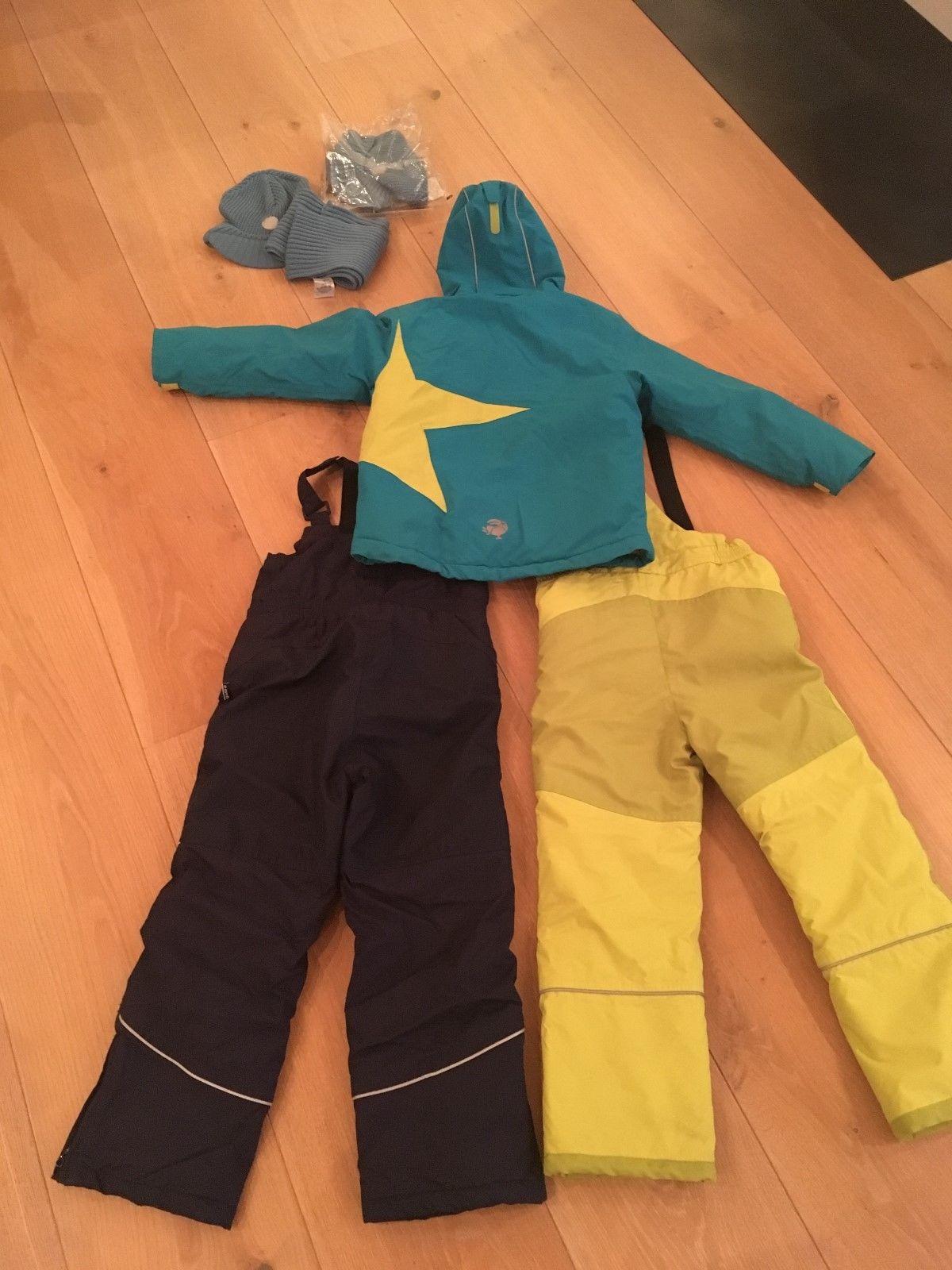 Skijacke 2 Skihosen Schal und 2 Mützen v. Jako O Gr. 128/134 Jungen gut erhalten