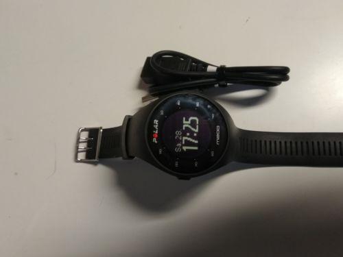 Polar M200 Sportuhr  - GPS Laufuhr mit Pulsmessung am Arm , M/L